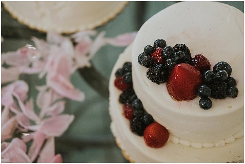 Raleigh summer wedding cake