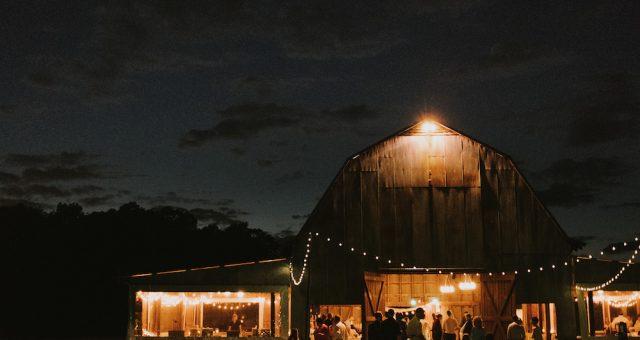 Hannah + Matt | Barn Wedding near Raleigh, North Carolina