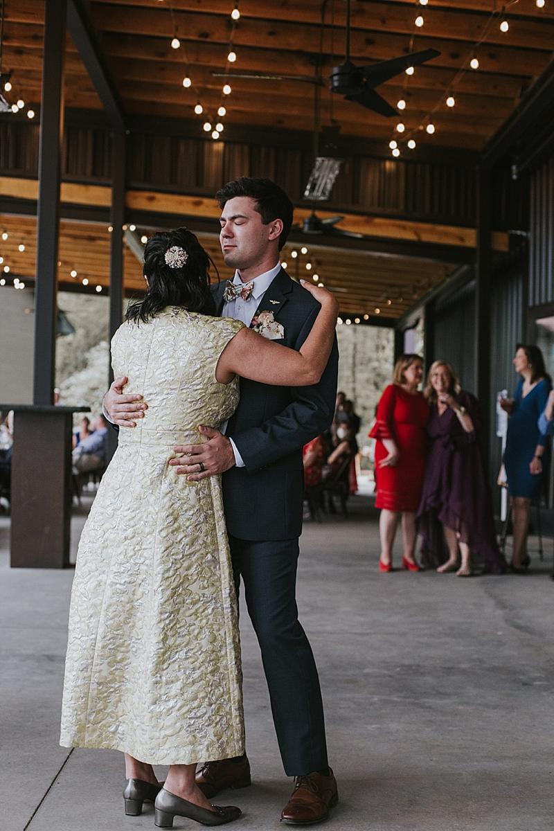 best candid raleigh wedding photographer