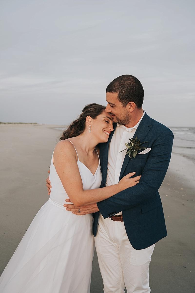 candid kauai Wedding Photographer